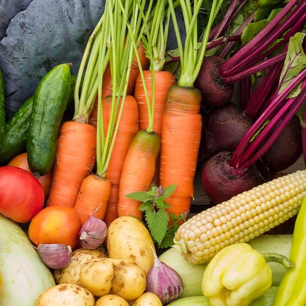 Vista superior deliciosa colheita de jardim Foto gratuita