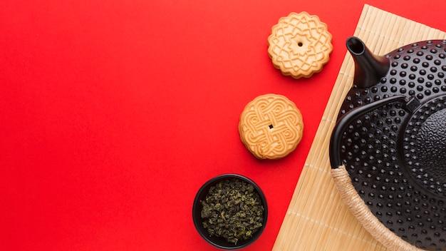 Vista superior deliciosos biscoitos com espaço de cópia Foto gratuita