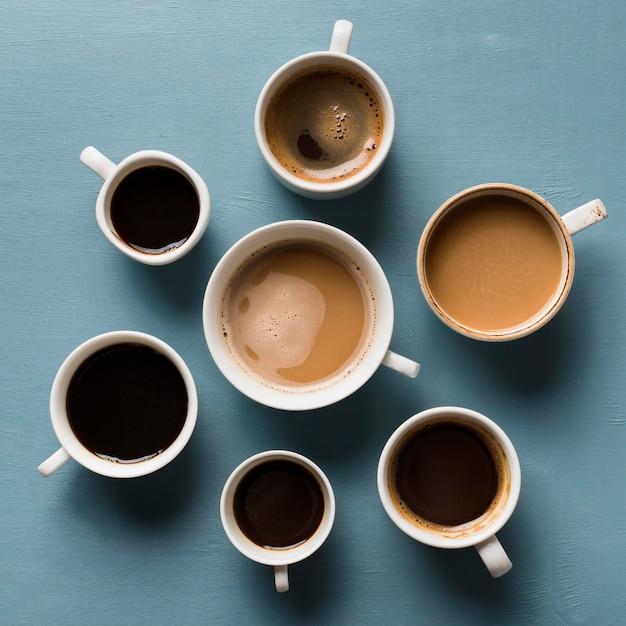 Vista superior diferentes arranjos de xícaras de café Foto Premium