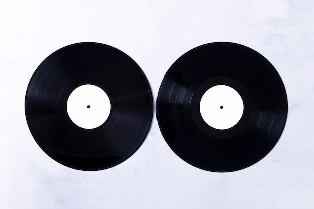 Vista superior dos discos de vinil Foto gratuita