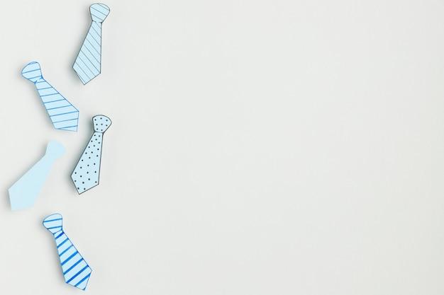 Vista superior laços coloridos com espaço de cópia Foto gratuita