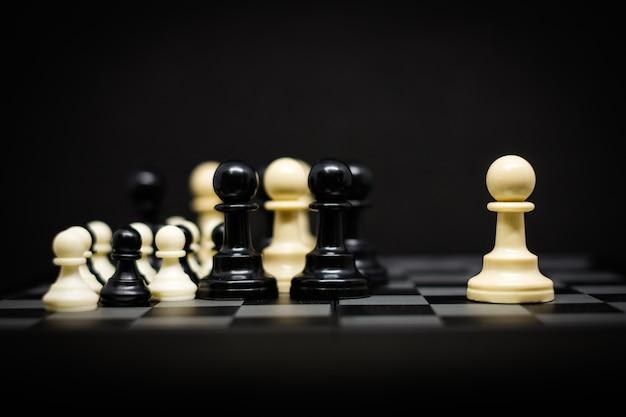 Xadrez (penhor) para líder fundo ou textura - negócios e conceito de estratégia. Foto Premium