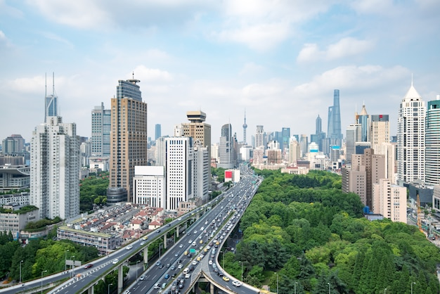 Xangai estrada elevada ao entardecer Foto Premium
