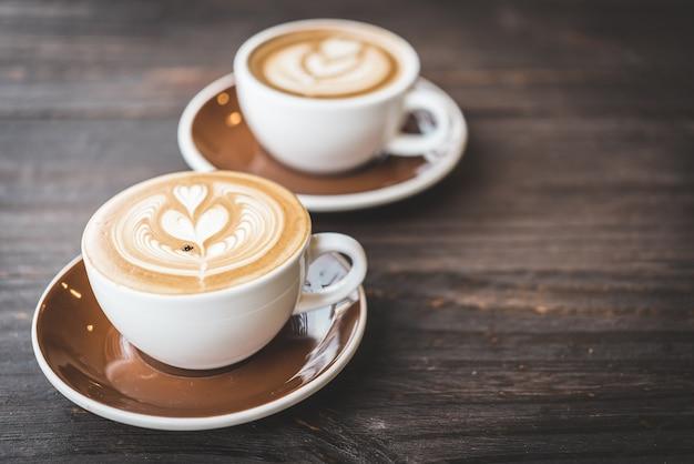 Xícara de café com leite Foto gratuita