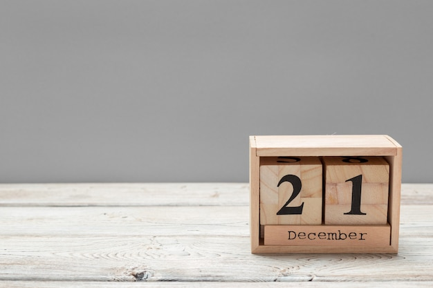 21. dezember 21. dezember, kalender. winterzeit Premium Fotos