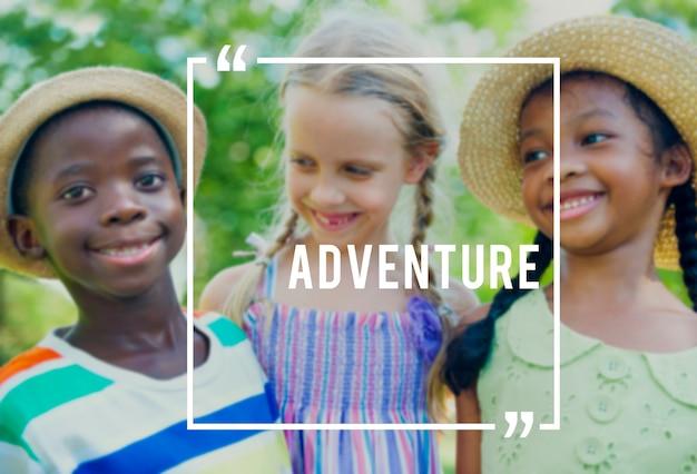 Abenteuer-reise-nettes feiertags-glück-konzept Kostenlose Fotos