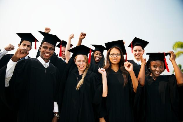 Abschluss-leistungs-student school college concept Premium Fotos
