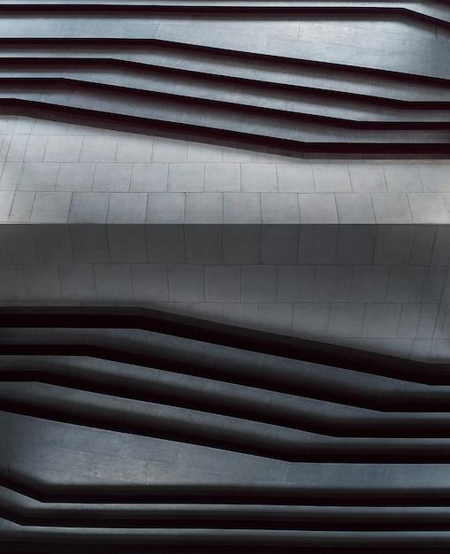Abstrakte treppe in der schwarzweiss-zusammenfassung tritt minimale arttreppe in der stadt. Premium Fotos