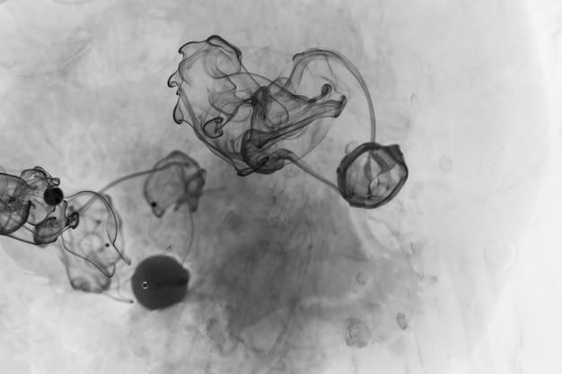 Abstrakter flüssiger schwarzer rauch Kostenlose Fotos