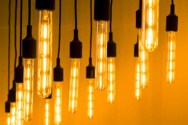 Abstrakter hintergrund mit vielen lampen, das licht. Premium Fotos