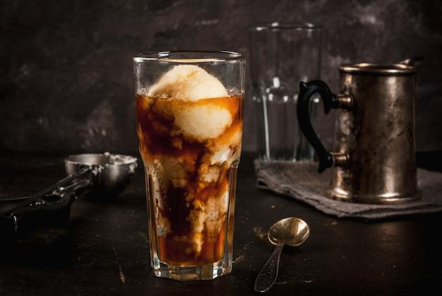 Affogato-kaffee mit eis Premium Fotos