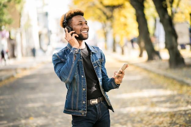 Afroamerikanischer student Kostenlose Fotos