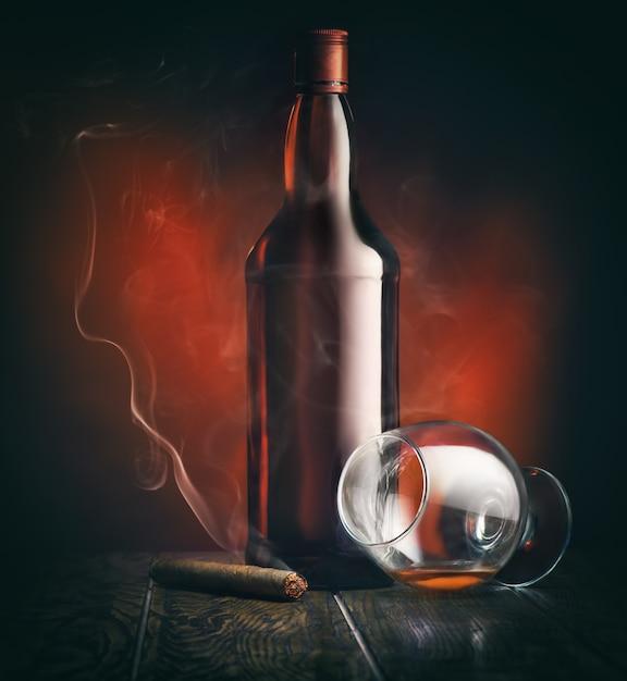 Alkohol und zigarre Premium Fotos