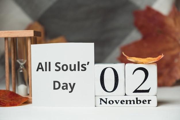 Allerseelen tag des herbstmonats kalender november. Premium Fotos