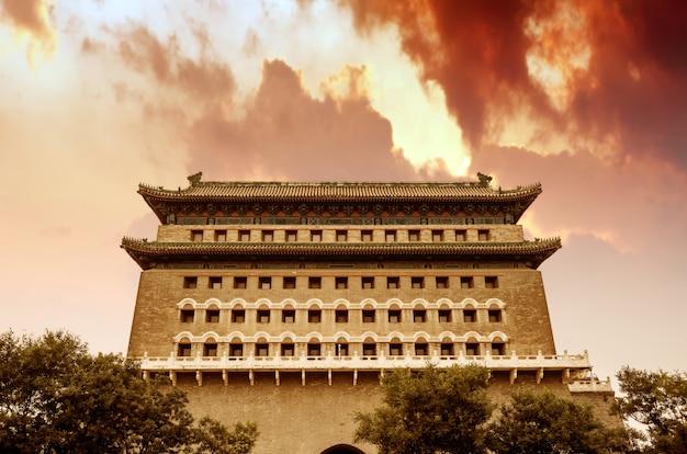 Alte gebäude in der qianmen straße, peking Premium Fotos