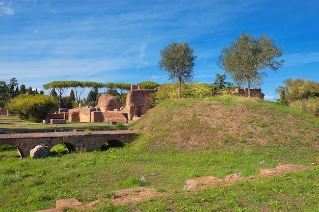 Alte ruinen auf dem palatin, rom Premium Fotos