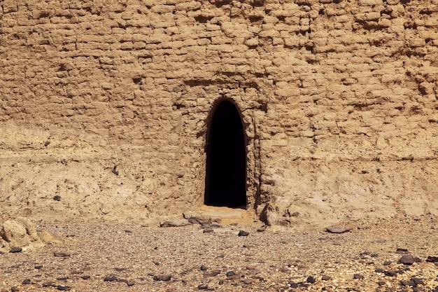 Alter dongola im sudan, afrika Premium Fotos
