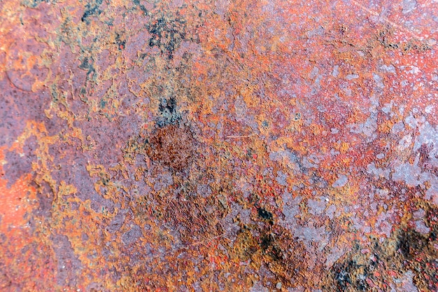 Alter grunge weinlesehintergrund: rostige metalloberfläche mit der blauen farbe, die beschaffenheit abblättert und knackt Premium Fotos
