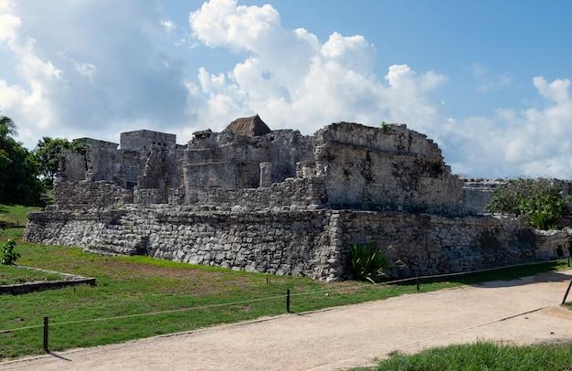 Alter mayastandort, die ruinen in tulum, ouintana roo, mexiko Premium Fotos