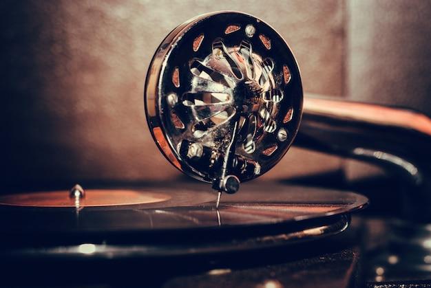 Altmodischer grammophonabschluß oben Premium Fotos