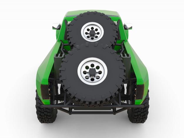 Am besten vorbereiteter grüner sport-race-truck für das wüstengelände Premium Fotos