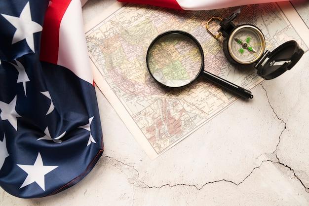 Amerikanische flagge und karte Kostenlose Fotos