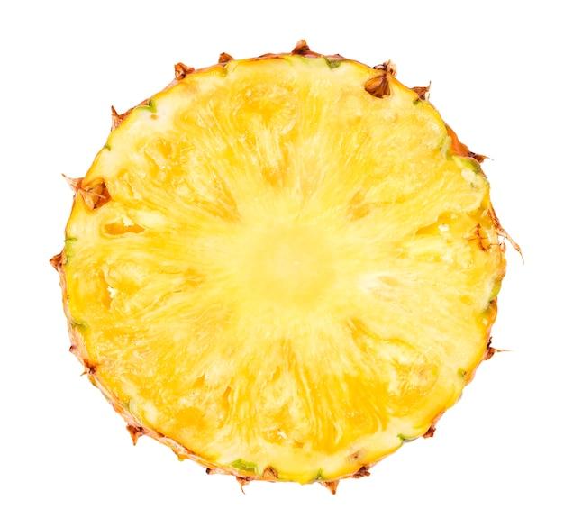 Ananasscheibe lokalisiert auf weißem hintergrund Premium Fotos