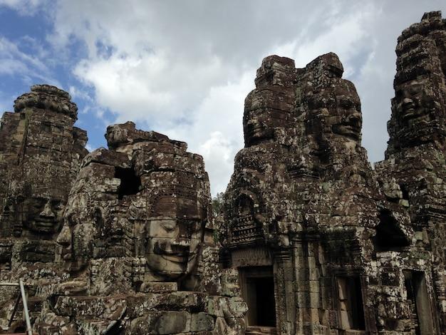 Anckor-paläste, siem reap, camboda. schönes paradies Kostenlose Fotos