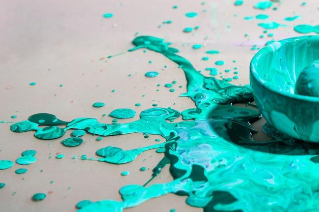 Anordnung mit grünem farbenspritzen Kostenlose Fotos