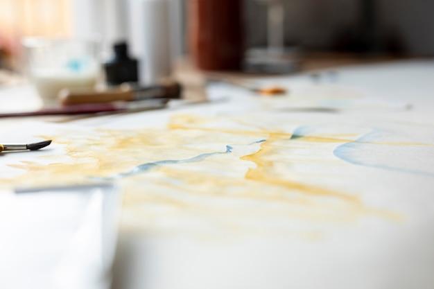 Ansicht der aquarellmalerei zuhause Kostenlose Fotos