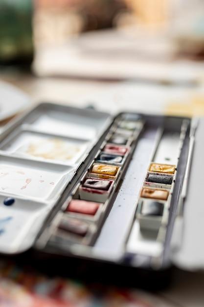 Ansicht der unscharfen aquarellpalette Kostenlose Fotos