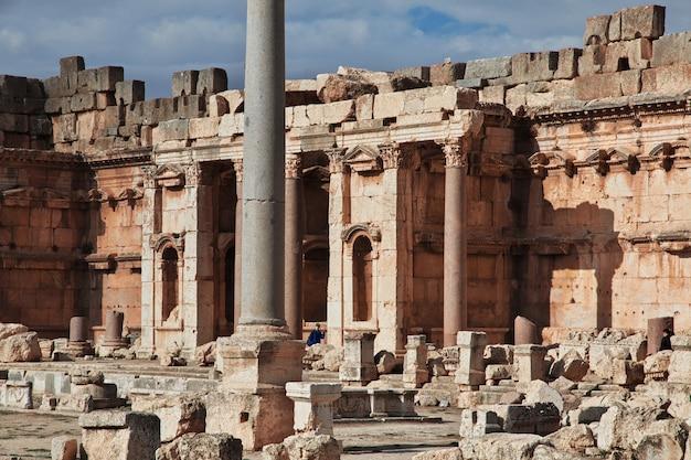 Antike ruinen von baalbek, libanon Premium Fotos