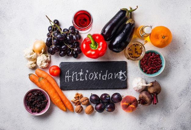 Antioxidantien in produkten. sauberes essen Premium Fotos