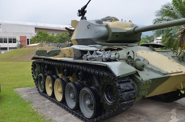 Armee-waldtank Premium Fotos