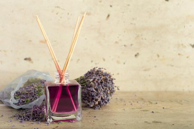 Aromasticks für zuhause Premium Fotos