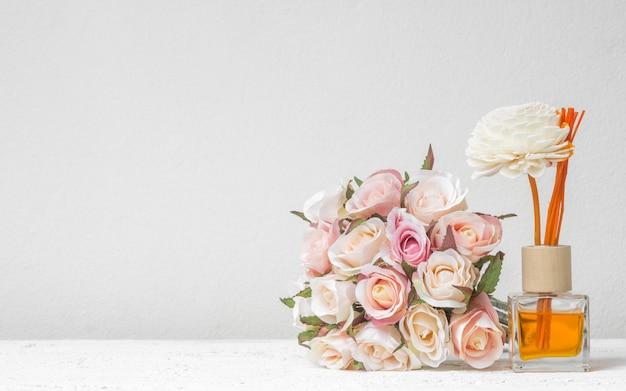 Aromatischer schilf-lufterfrischer Premium Fotos