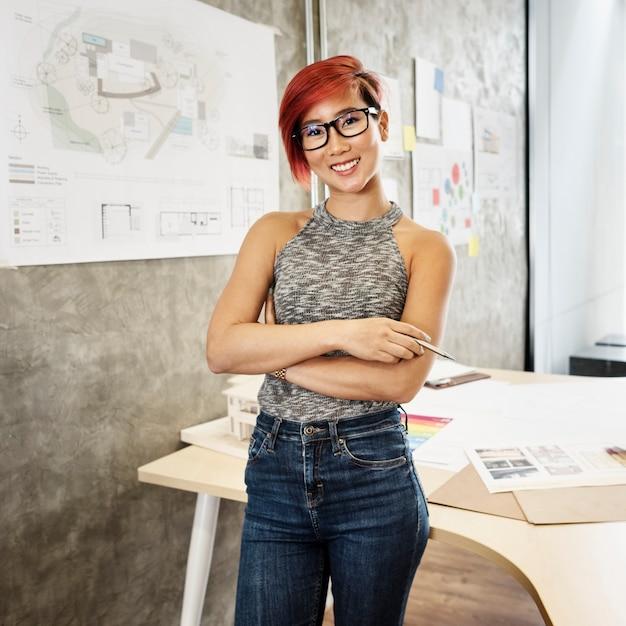 Asiatische architekt frau Kostenlose Fotos