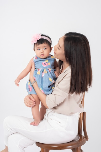 Asiatische Mutter