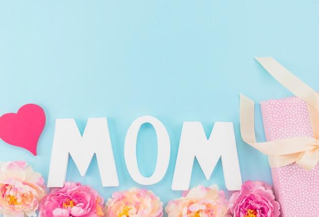 Aufschrift mamma verziert für mutter `s tag Kostenlose Fotos