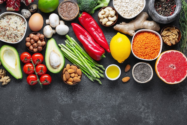 Auswahl an gesunder nahrung. Premium Fotos