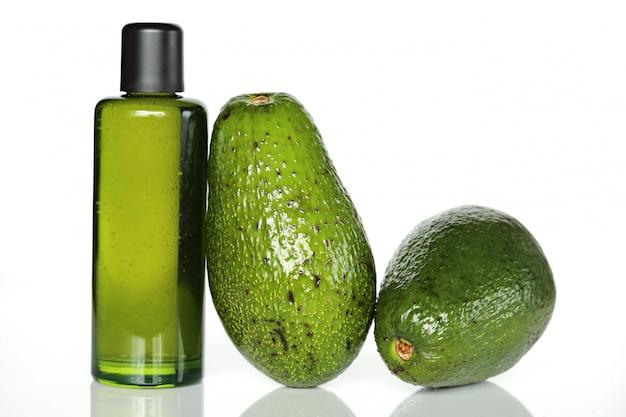 Avocadoöl in einer flasche Premium Fotos