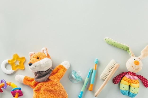 Babypflegezubehör flach zu legen Premium Fotos