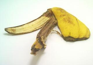 Banane Schälen