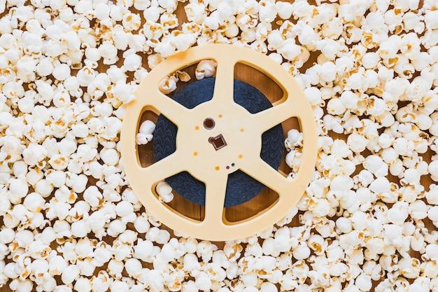 Band der filmspule im popcorn Kostenlose Fotos