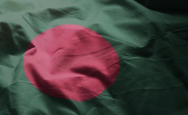 Bangladesch-flagge oben zerknittert Premium Fotos