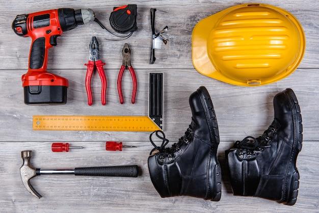 Bau handwerkzeuge flach zu legen Premium Fotos