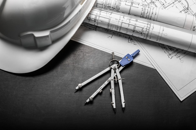 Bauplanungszeichnungen auf schwarzem hintergrund Premium Fotos