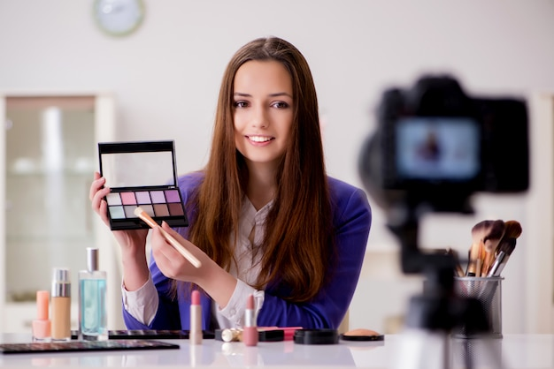 Beauty fashion blogger aufnahme video für blog Premium Fotos