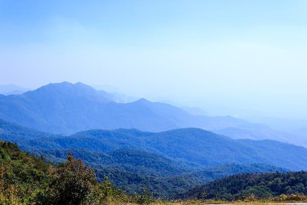 Berg im norden thailands Premium Fotos