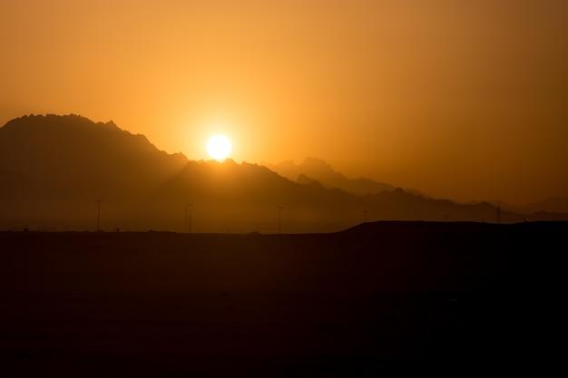 Berg sonnenuntergang Kostenlose Fotos